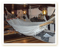 The origins of the hammock with spreader bars